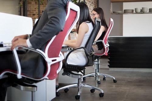Kinh nghiệm chọn bàn ghế văn phòng vừa giá rẻ lại đẹp