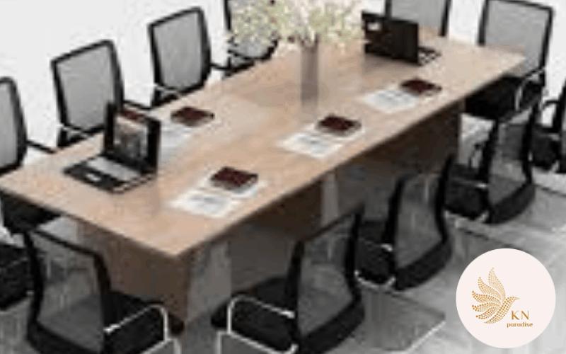 Tổng hợp mẫu bàn họp thiết kế đơn giản và hiện đại cho văn phòng.