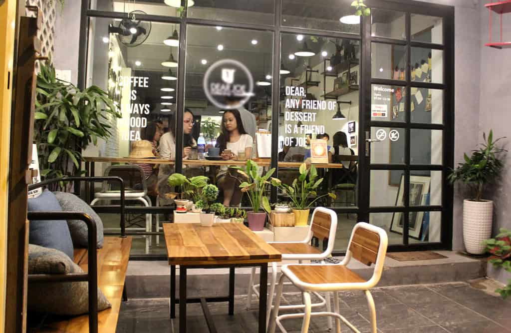 Lý Do Tại Sao Bạn Nên Lựa Chọn Bàn Ghế Sắt Cafe