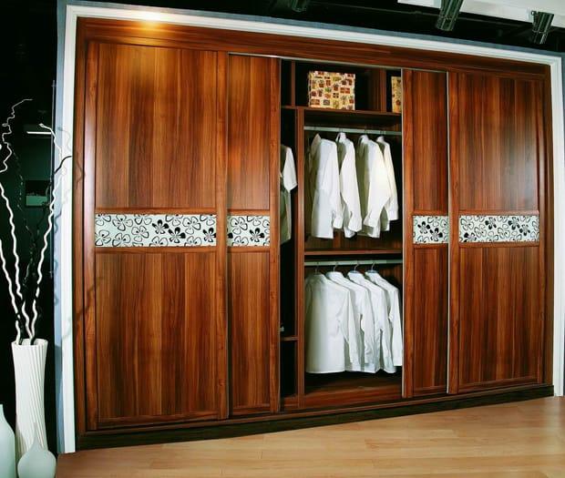 tủ gỗ thanh lý