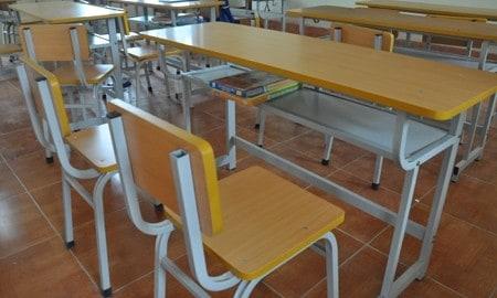 Mẹo chọn mua bàn ghế sinh viên giá rẻ tiết kiệm chi phí